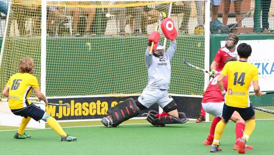 『Mundo Deportivo』に掲載された写真。14番が田中海渡選手。 出典元:https://www.mundodeportivo.com/bizkaia/20180930/452106626884/hockey-hierba-jolaseta-linia-22-tanaka.html