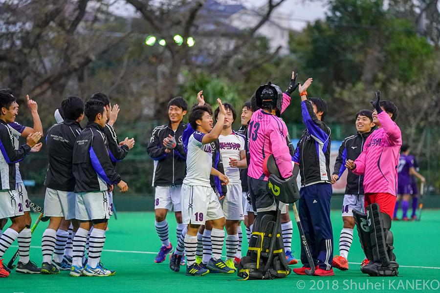 全日本選手権優勝に続き、2つめのタイトルを獲得した山梨学院。写真/金子周平