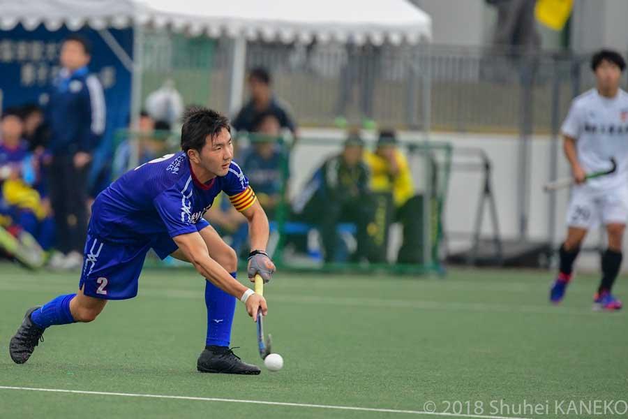 大会MVPに選出された2番千葉健寛主将。的確な指示と丁寧なプレーでチームをけん引した。写真/金子周平