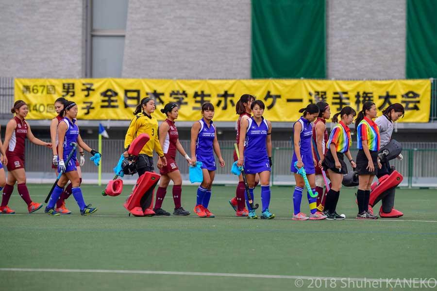 駒沢オリンピック公園総合運動場第一球技場で11月4日(日)9時半から行われた。写真/金子周平