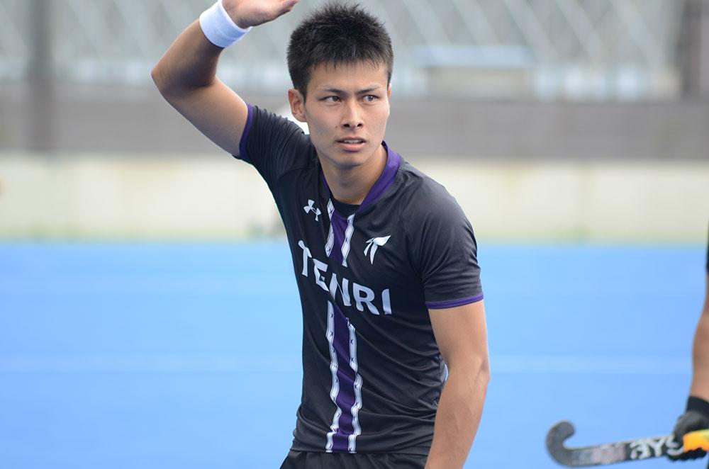 先制ゴールを決めた天理8番伊帳田樹選手。写真/樅木貞一