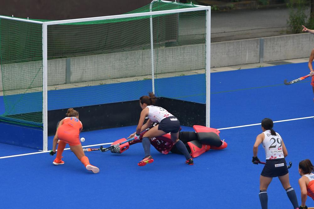 11分、#19マライン・フェーン(左)のフィールドゴールで日本は同点に追いつかれる