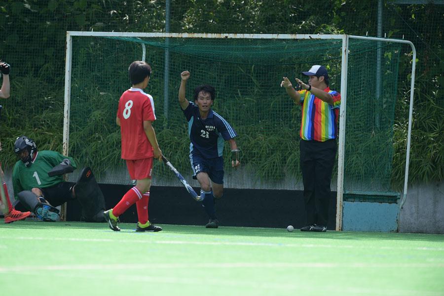 2得点を決め⼤阪大学を勝利に導いた21番中島選手。