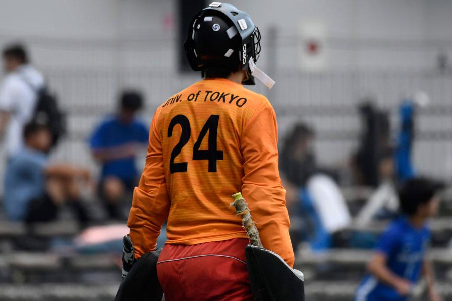 大量得点の攻撃陣に無失点で応えた東京大学24番ゴールキーパー福崎選手。