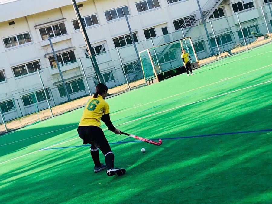 練習に励む北海道大学。フレッシュな1年生10人が加わり試合に挑む。